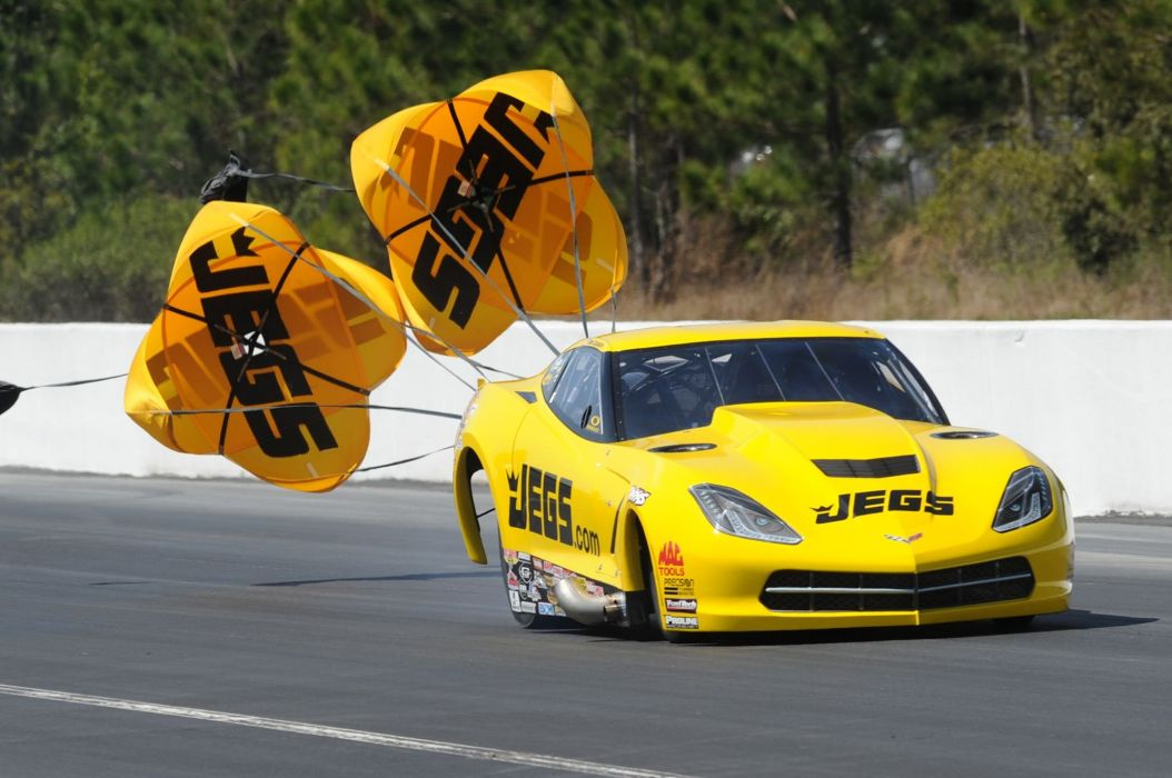2015 Chevrolet Corvette C7 Chutes Drag Race USA-01 wallpaper