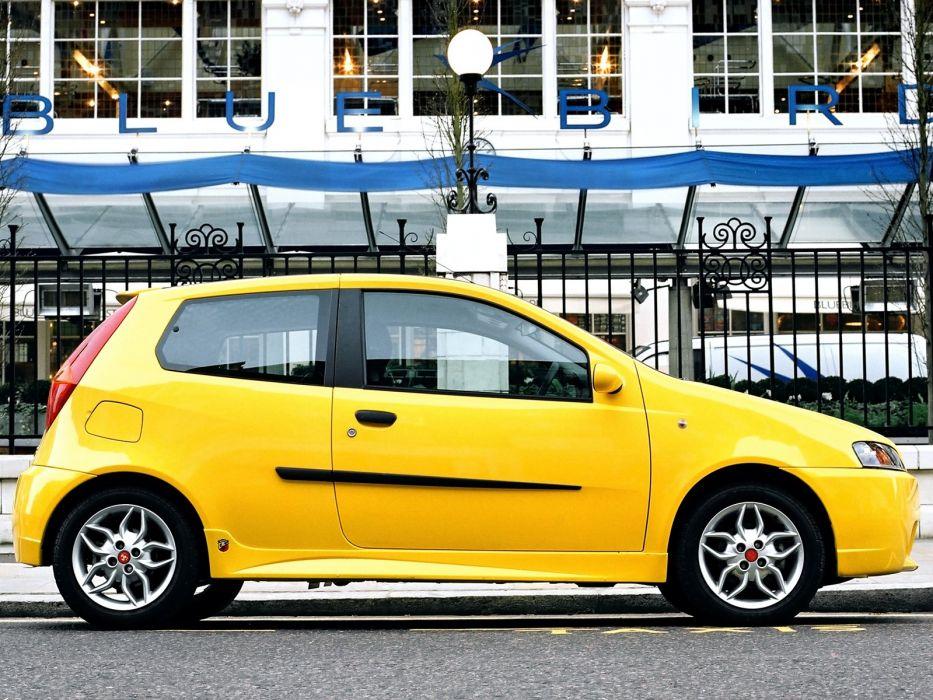 Fia t Punto HGT Abarth UK-spec cars 2001 wallpaper