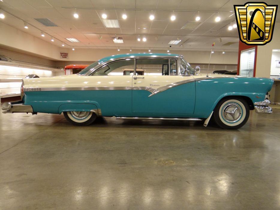 1956 Ford Victoria retro luxury wallpaper