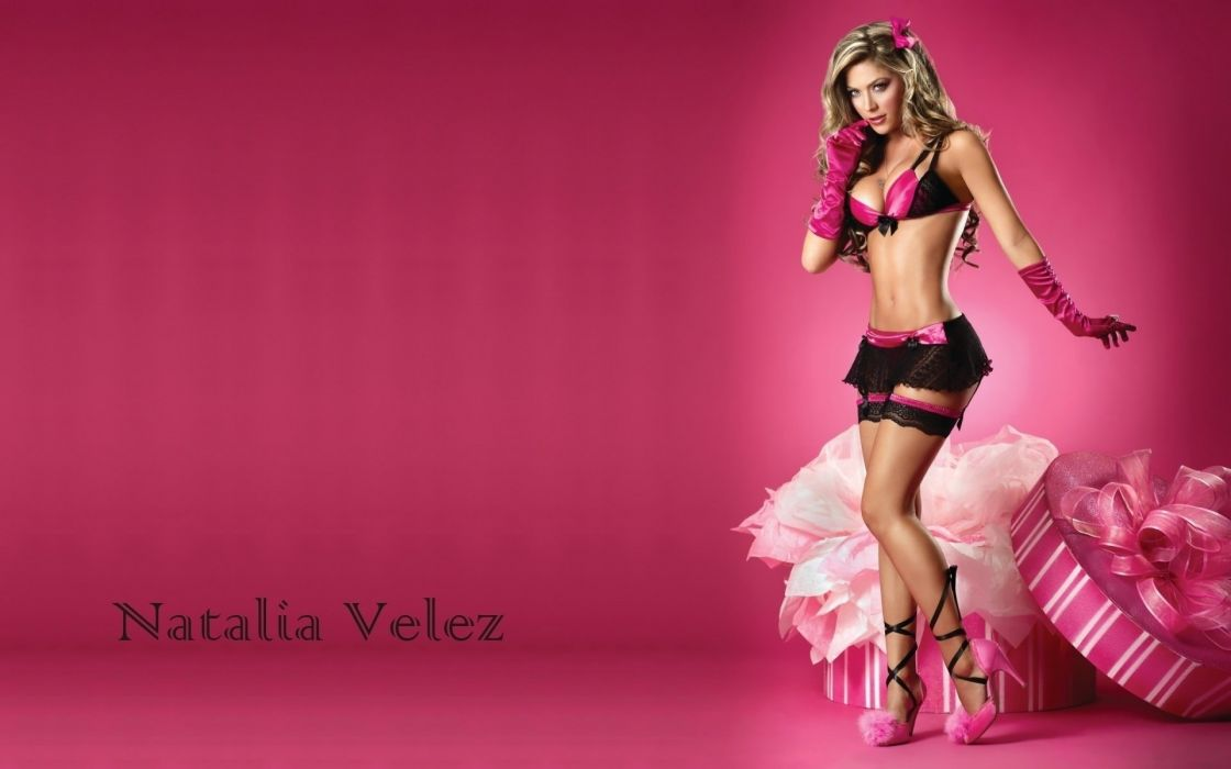 Sensuality Natalia Velez model gloves linen present women girls blonde wallpaper
