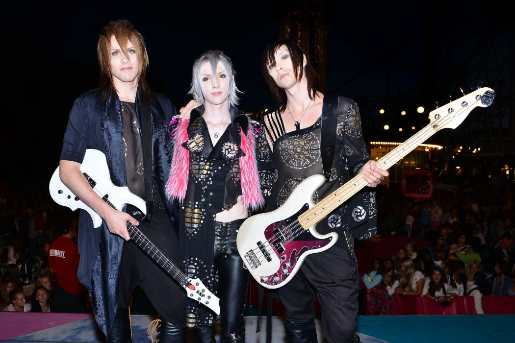 YOHIO Seremedy visual kei jrock j-rock rock pop jpop j-pop glam guitar concert guitar wallpaper