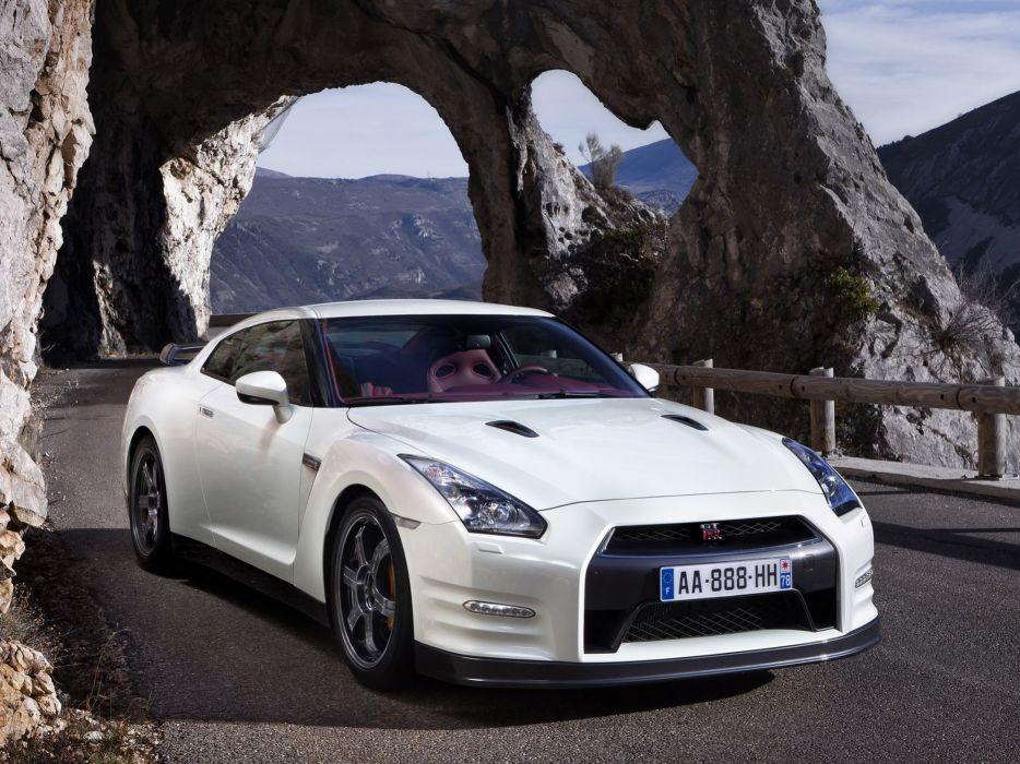 Nissan GT-R Egoist R35 cars coupe 2011 wallpaper