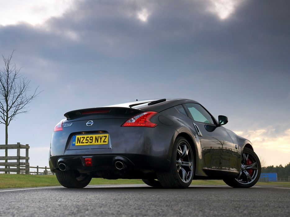 Nissan 370z Black Edition Coupe Cars 2010 Wallpaper 2048x1536