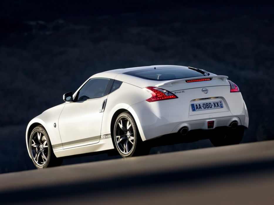 Nissan 370z Gt Edition Coupe Cars 2011 Wallpaper 2048x1536