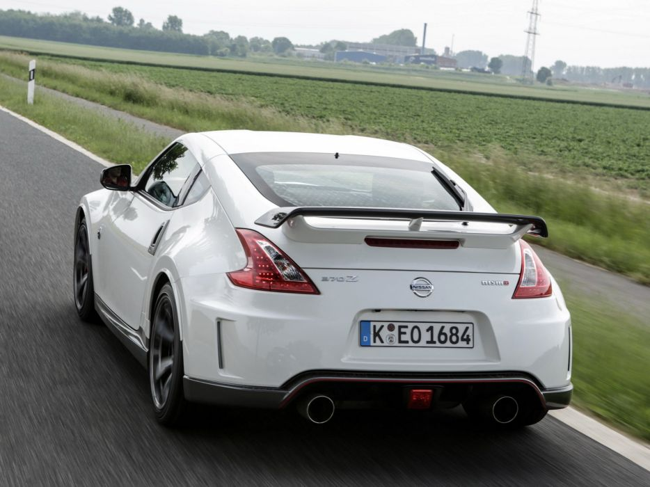 Nissan 370Z nismo coupe cars 2013 wallpaper