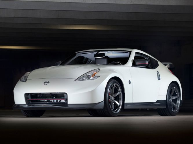 Nissan 370Z nismo coupe US-spec cars 2013 wallpaper