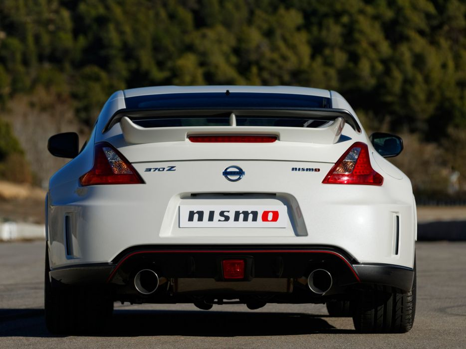 Nissan 370Z nismo coupe UK-spec cars 2013 wallpaper