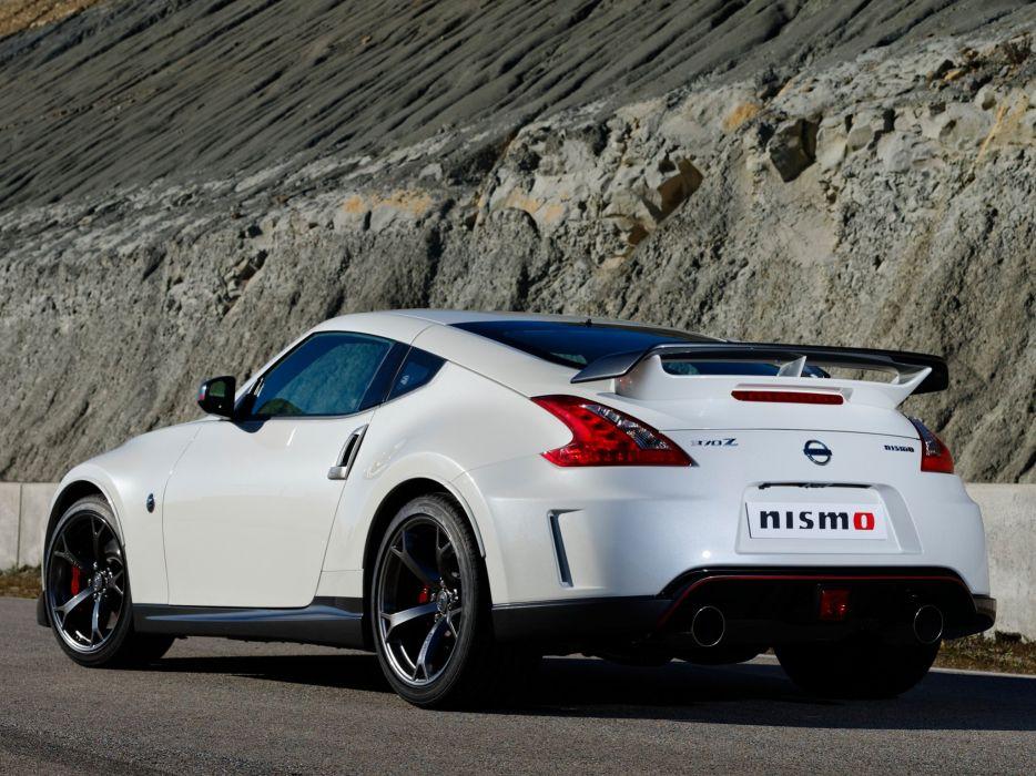 Nissan 370z Nismo Coupe Uk Spec Cars 2013 Wallpaper 2048x1536