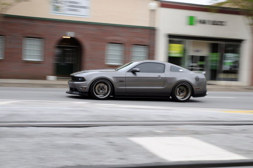 2011 Ford Mustang GT muscle g-t wallpaper