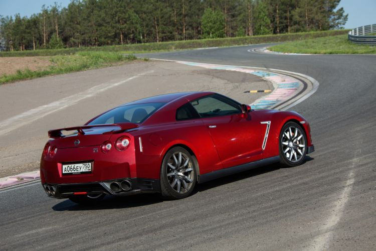 Nissan GT-R (R35) cars coupe 2014 wallpaper