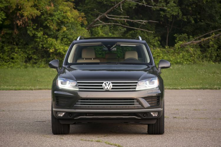 2015 Volkswagen Touareg TDI cars suv wallpaper