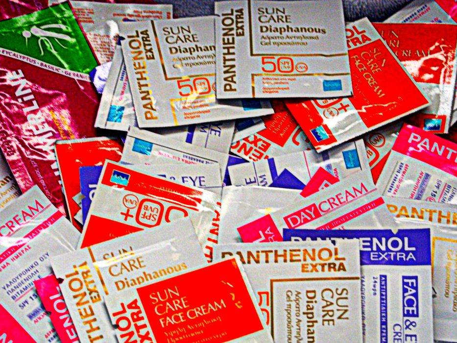 Premium Health Products Panthenol Extra Diaphanous wallpaper
