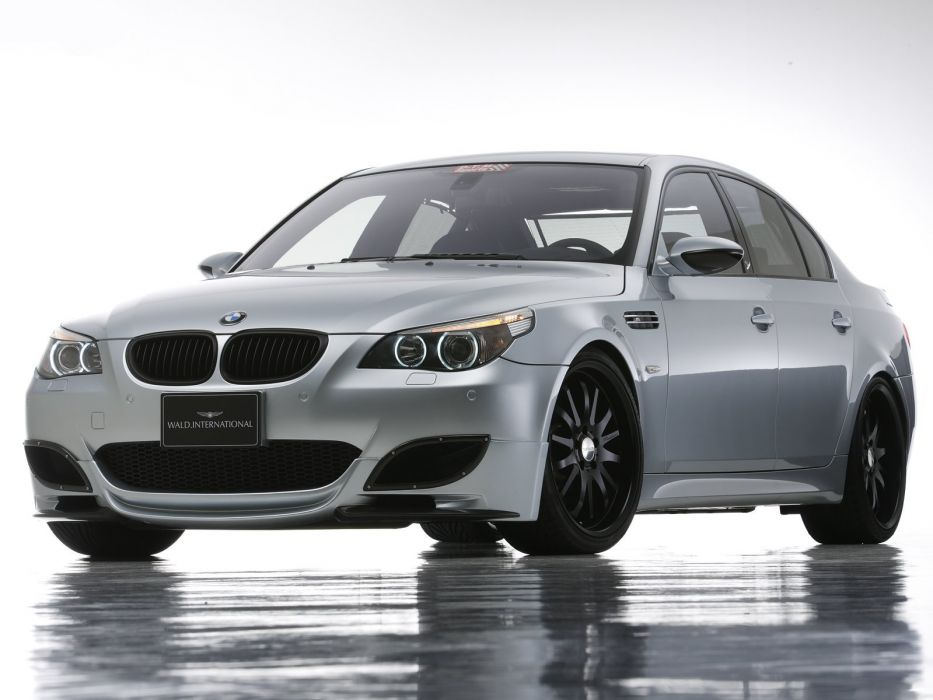 WALD INTERNATIONAL BMW-M5 (E60) cars modified 2004 wallpaper