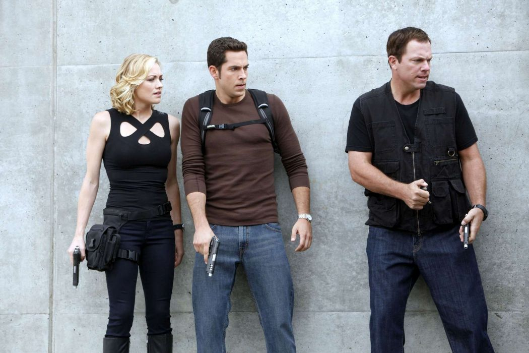CHUCK action comedy series spy drama superhero crime wallpaper