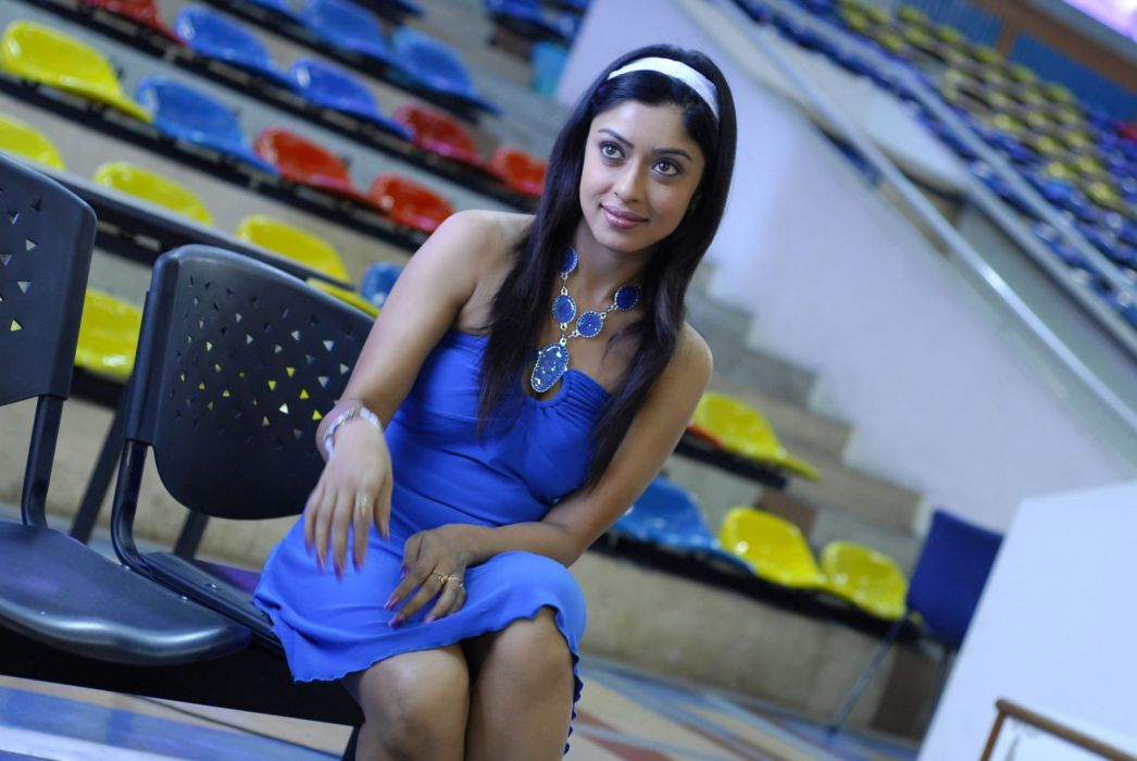 Paayal Ghosh hot n spicy gallery-052706b2621a998515099d07afde57bd wallpaper