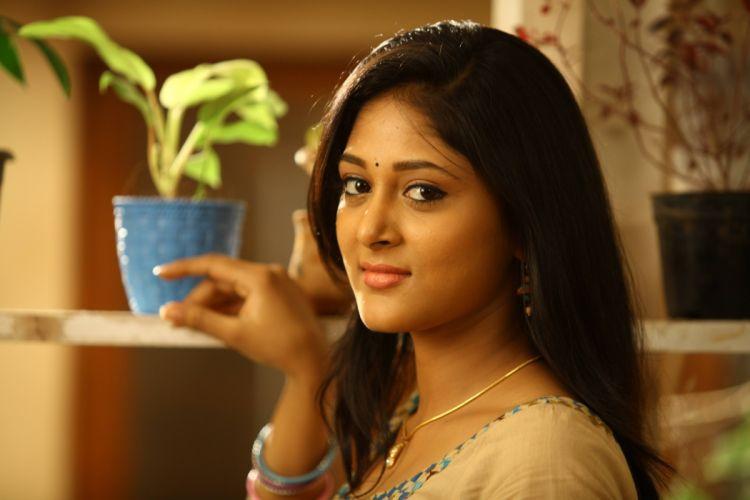 Sushma-Raj-Latest-Stills-From-India-Pakistan-Movie-2 wallpaper