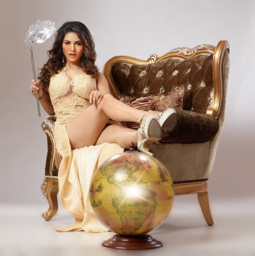 Beimaan-Love-movie-sunny-leone-images-hot-picswallpapers wallpaper
