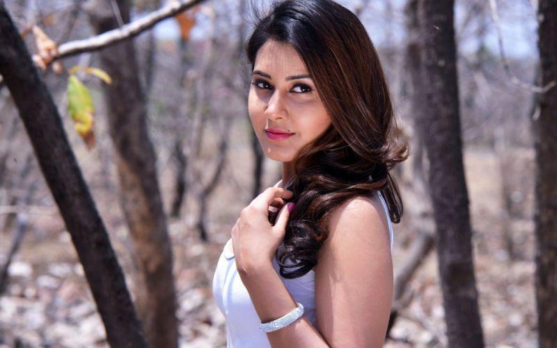 women-rashi-khanna-actresses-india-bollywood-actress-indian-brunette-woman-wallpaper-background-deli-1429349719 wallpaper