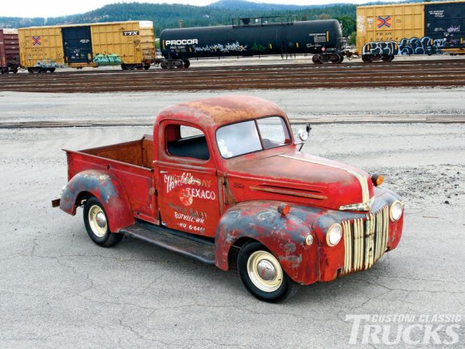 1946 Ford Pickup Texaco Service Classic Rust Old Vintage USA 1600x1200-01 wallpaper