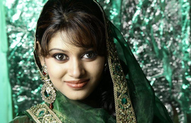 Actress Oviya Latest Hot Stills708c87239c9f77d921a6aa3a16eeed76 wallpaper