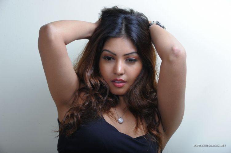 actress-komal-jha-008 wallpaper