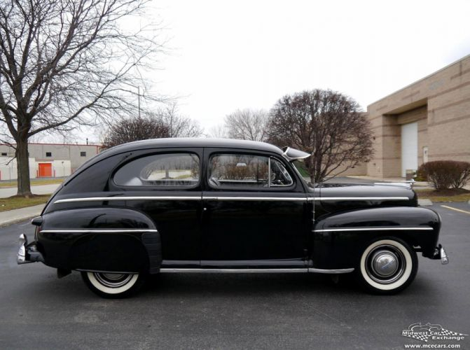 1948 Ford Super Deluxe Sedan Two Door Classic Old Vintage Original USA -10 wallpaper