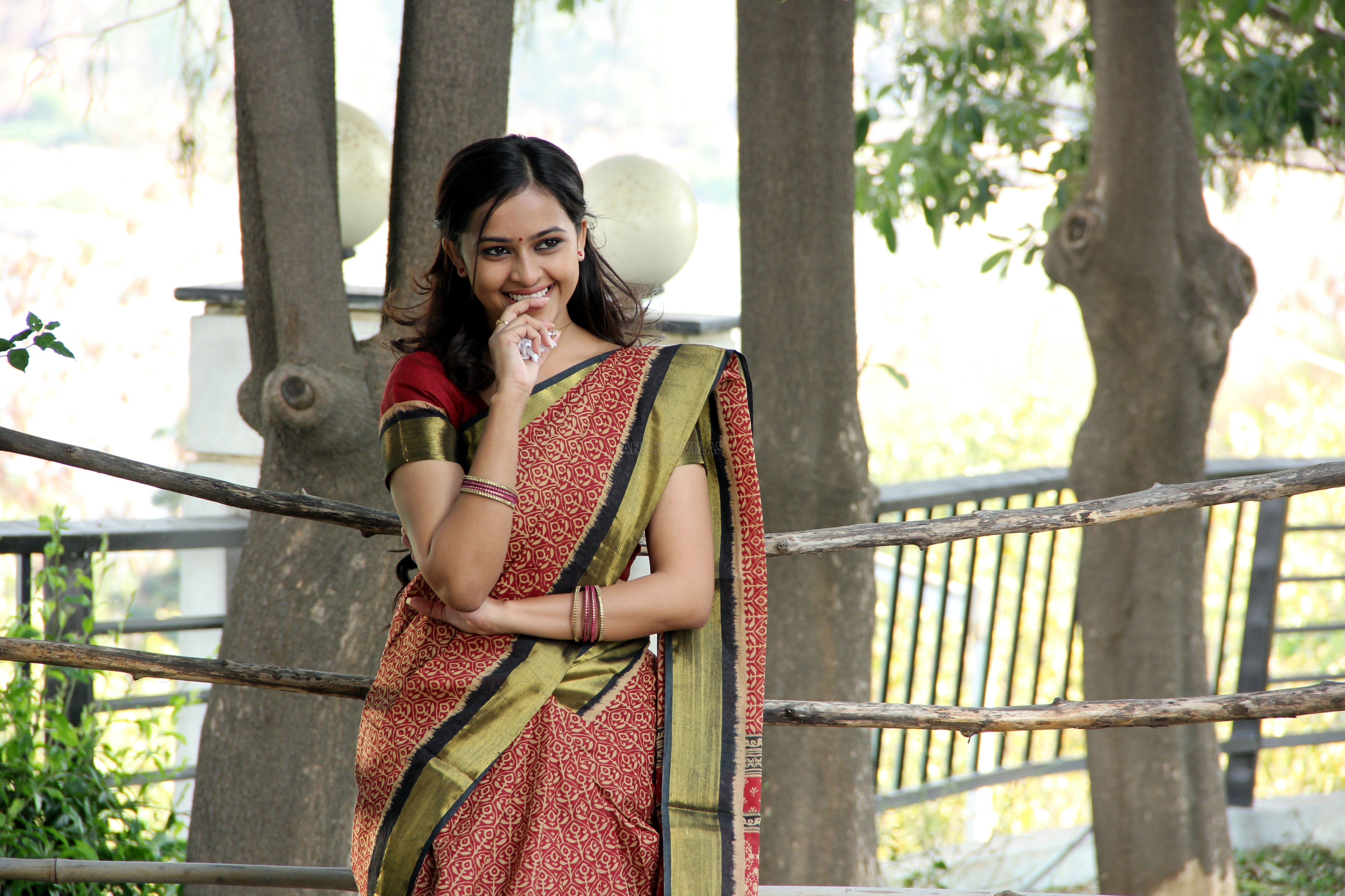 Sridivya Stills In Varadhi Movie 5 Wallpaper 5184x3456 757395