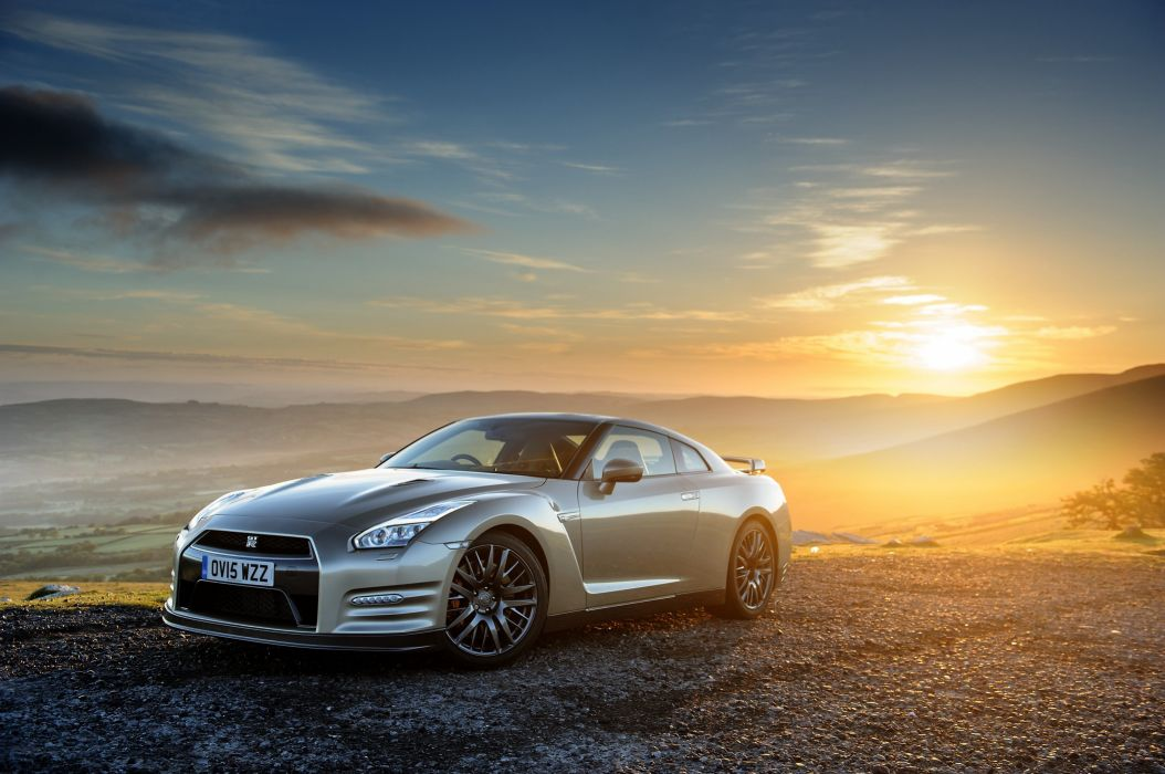 Nissan GT-R 45th Anniversary UK-spec (R35) coupe cars 2014 wallpaper