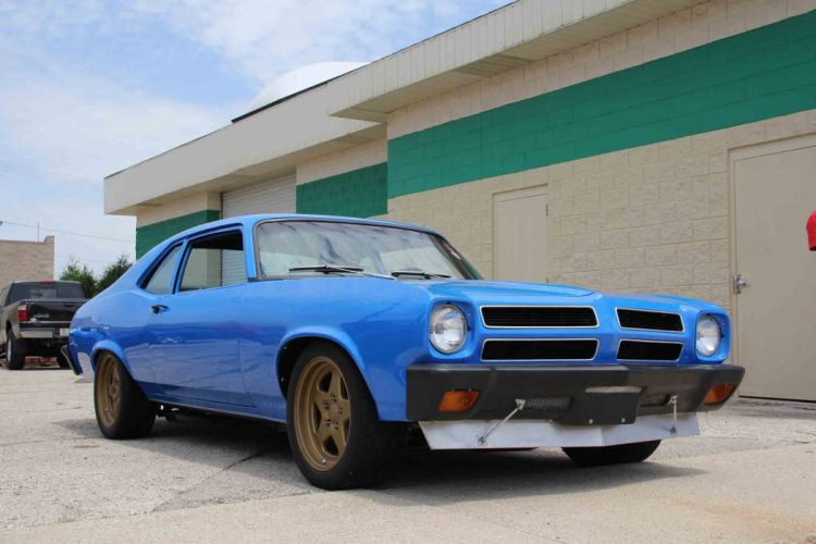 1972 Pontiac Ventura Coupe Street Machine Pro Touring Blue USA -01 wallpaper