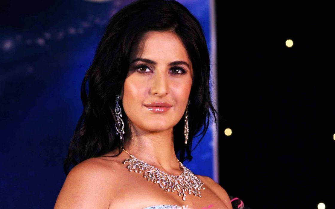 Indian-Actress-Katrina wallpaper