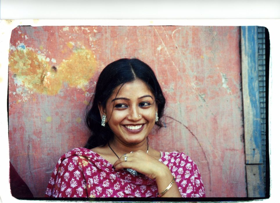 Indian woman smiles wallpaper