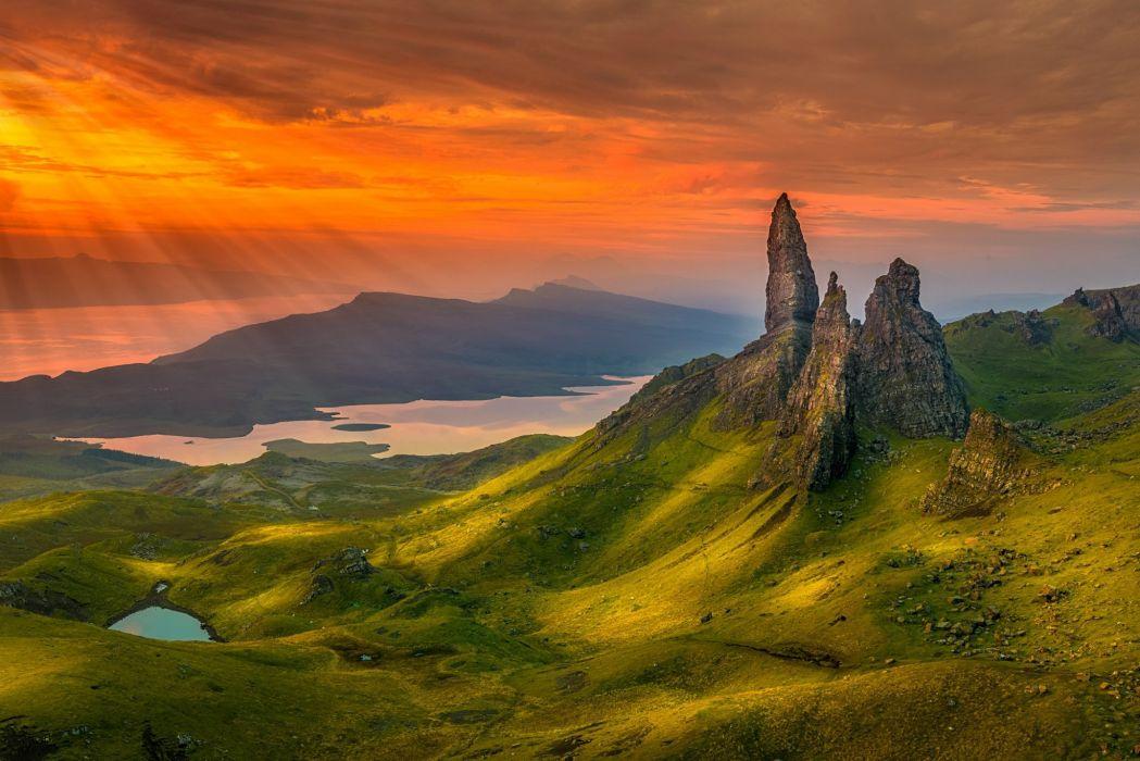 Isle Of Skye Scotland Mountains Rocks Lakes Landscape Wallpaper