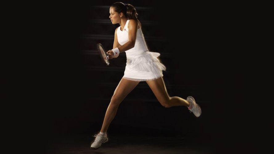 Sports girl tennis-player racket form wallpaper