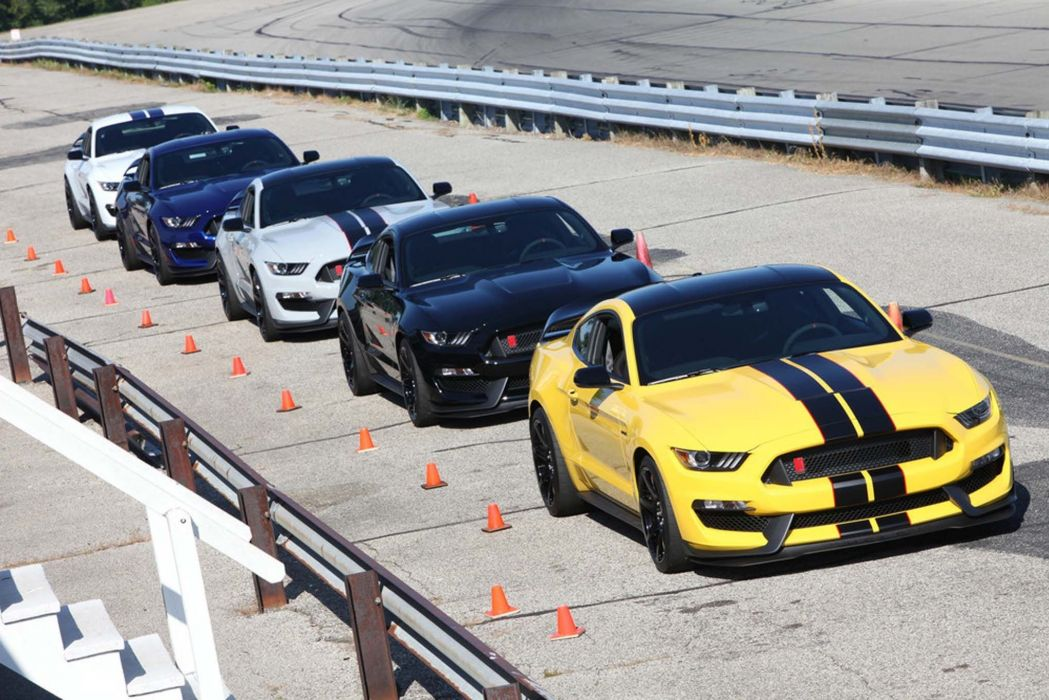 2014 Ford Mustang Shelby GT350R Muscle Supercar USA -05 wallpaper