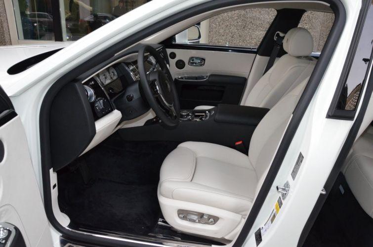 2015 Rolls-Royce Ghost serie-II cars white wallpaper