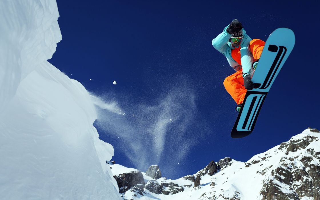 mountain skiing wallpaper