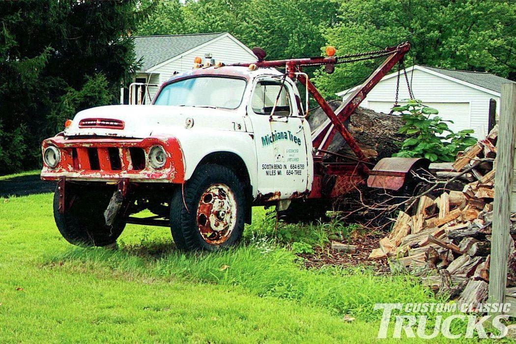 1957 Sstudebaker Truck Junkyard Rust Forgoten USA -01 wallpaper