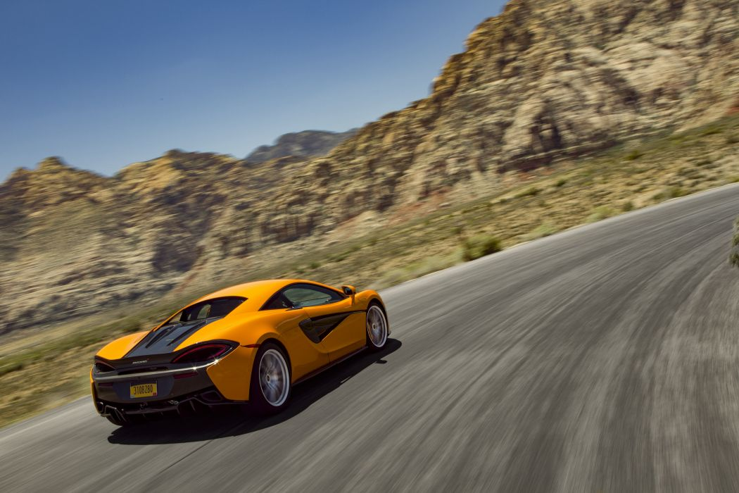 2015 McLaren 570S Coupe supercar wallpaper