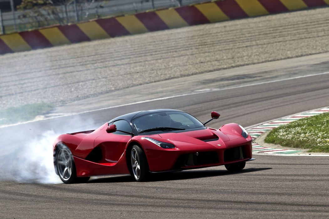 2013 Ferrari LaFerrari supercar wallpaper