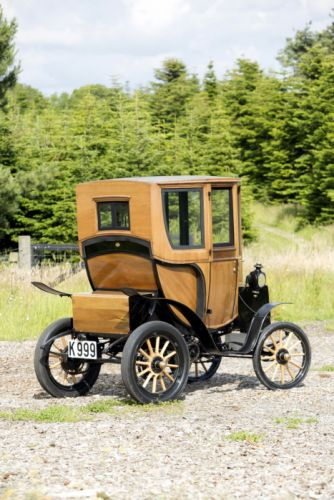 1905 Woods Electric Style 214A Queen Victoria Brougham retro vintage wallpaper
