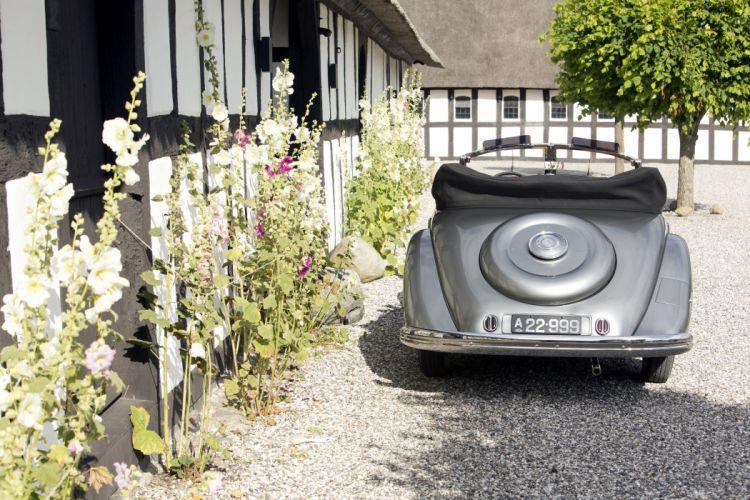 1937 Mercedes Benz 320N Cabriolet A W142 retro vintage luxury wallpaper