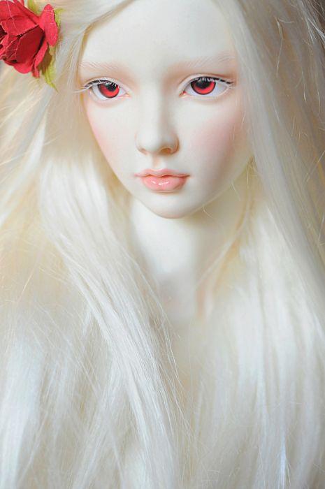 Doll Baby Toys Girl Beautiful Long Hair Red Eyes Rose