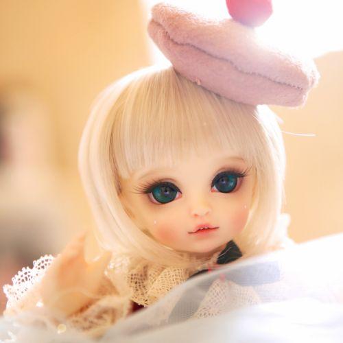 doll baby toys girl beautiful long hair cute blue eyes blonde wallpaper