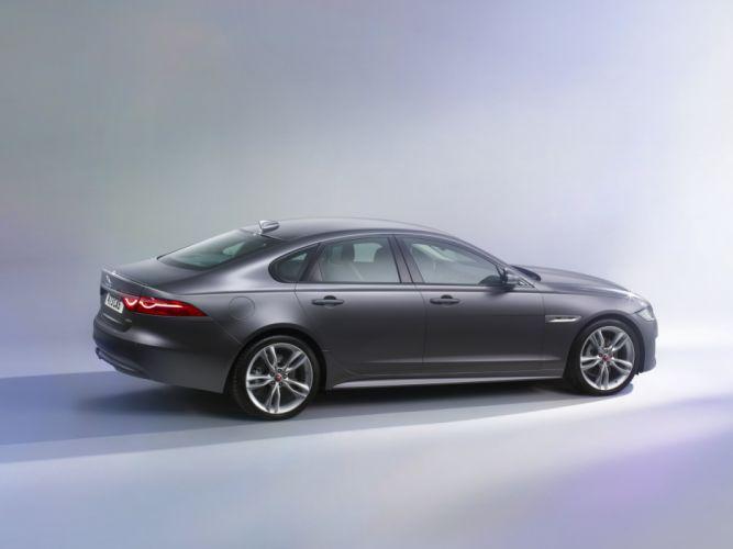 2015 Jaguar X-F R-Sport luxury wallpaper