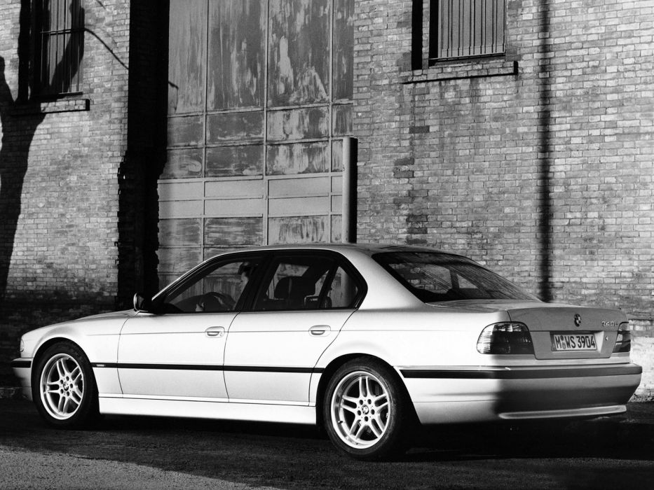 1999-01 BMW 740d E38 wallpaper