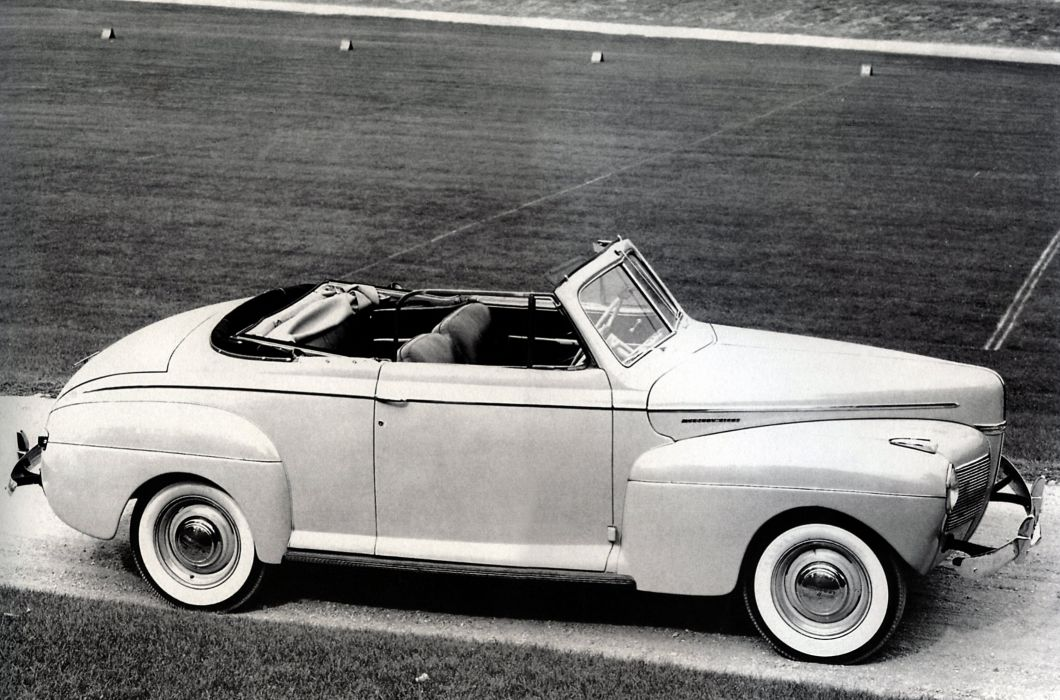 1941 Mercury Eight Club Convertible 19A-76 retro luxury wallpaper