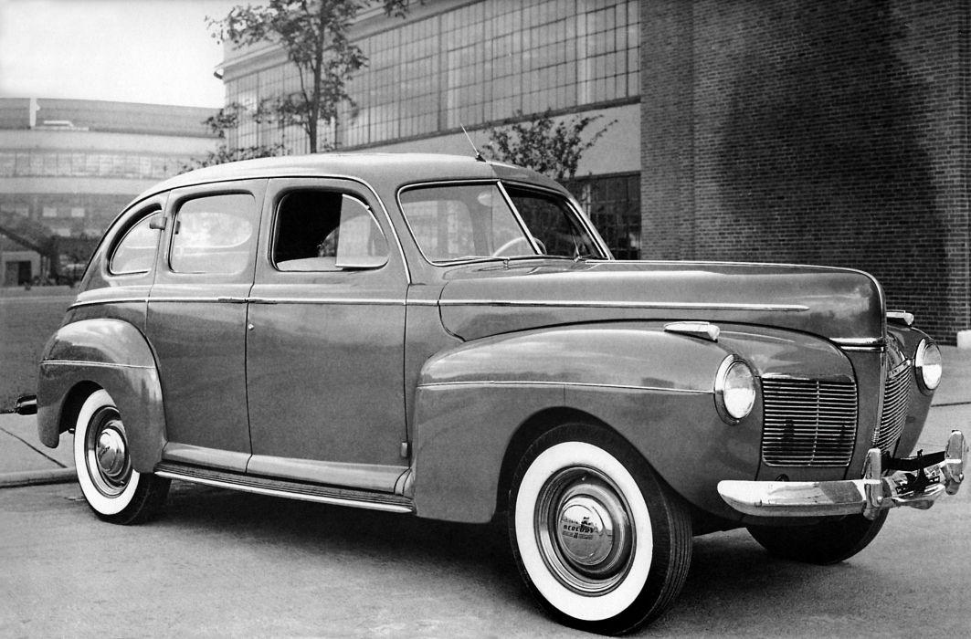 1941 Mercury Eight Town Sedan 19A-73 retro wallpaper