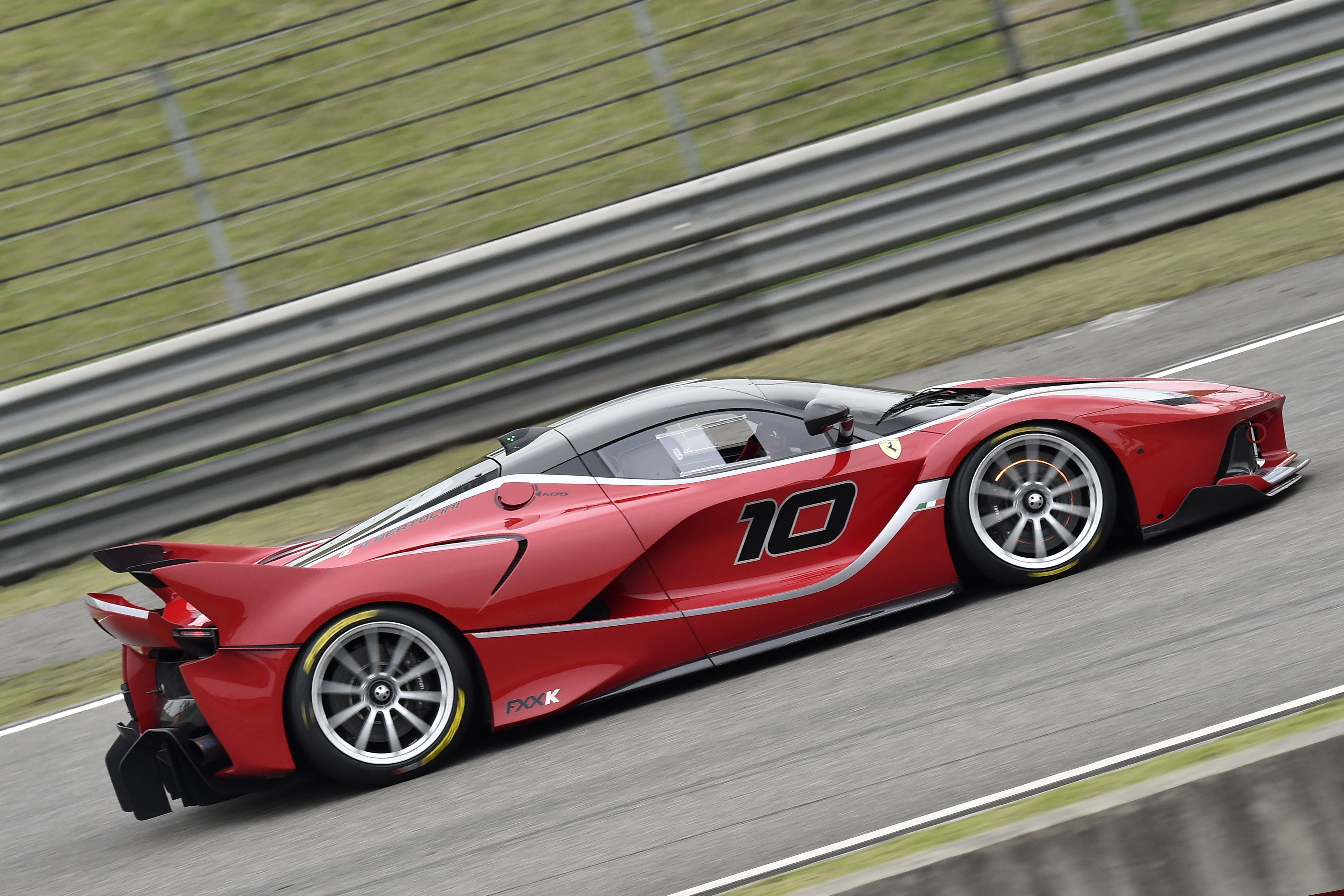 2015 Ferrari Fxx K Supercar Fxx K Wallpaper 3868x2579