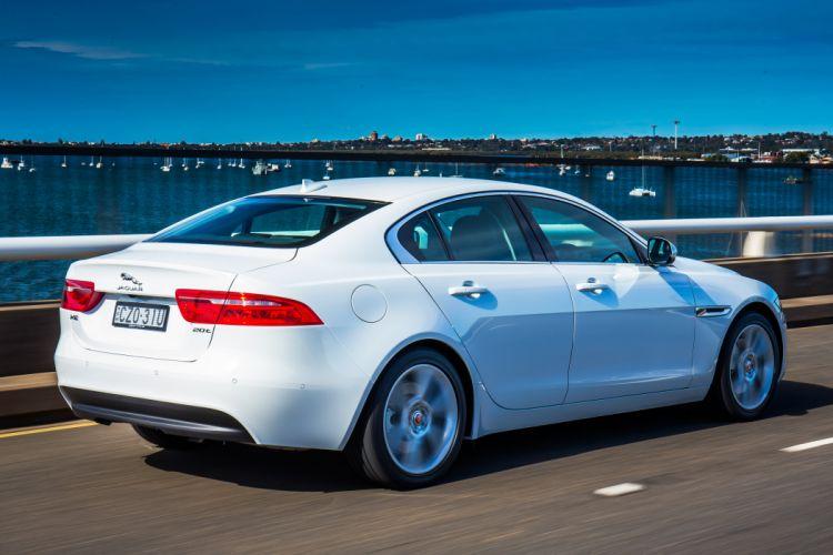 2015 Jaguar X-E Prestige AU-spe wallpaper