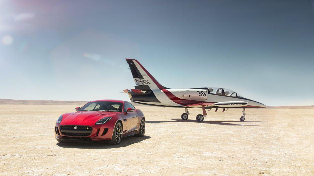 Jaguar F-TYPE R Coupe wallpaper